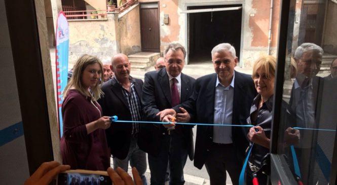 Riano festeggia il nuovo centro servizi Uil