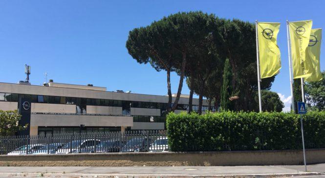 Aziende automobilistiche di corsa verso Milano. A rischio 140 posti di lavoro