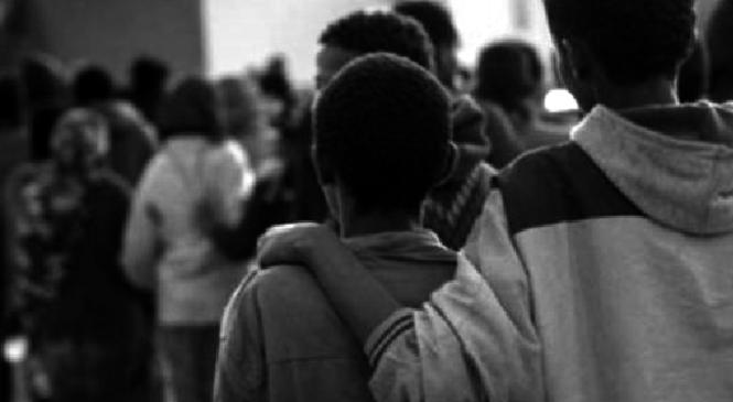 A rischio discriminazione il 35 per cento dei giovani migranti